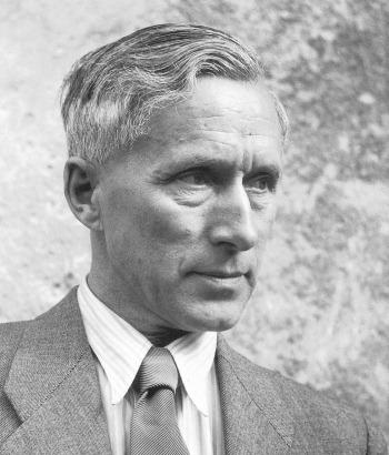Ernst-Jünger-1954-1.jpg