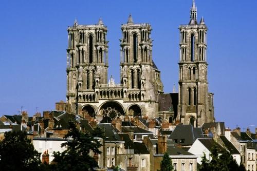 les-grandes-cathedrales-gothiques_p2.jpg