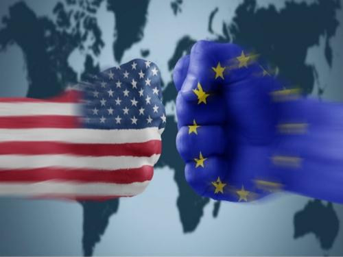 Puños-USA-UE.jpg