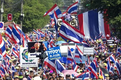 140105-thailande-manifestations-642x428.jpg