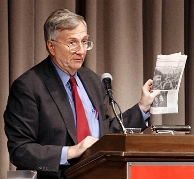 seymour-hersh-slams-media.jpg