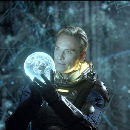 Michael-Fassbender-as-David-in-Prometheus.0.jpg