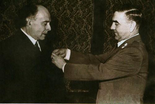 Poglavnik-Ante-Pavelic-i-George-Desbons.jpg