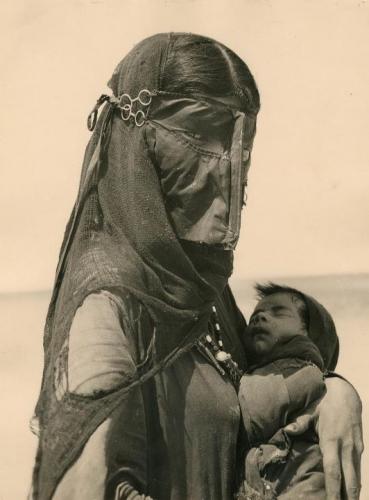 beduinmother.jpg