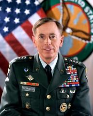 GEN_David_H_Petraeus_-_Uniform_Class_A.jpg