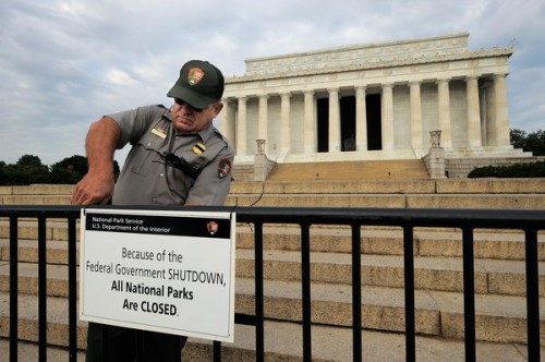 how-shutdown-hurts-united-states-brand_72195_600x450.jpg