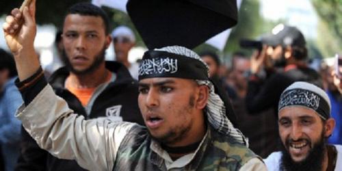 Marche-de-salafistes-en-Tunisie.jpg