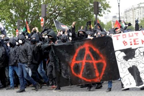 black-bloc-1er-mai.jpg