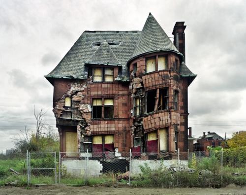 rh-abandonnedhouses.jpg