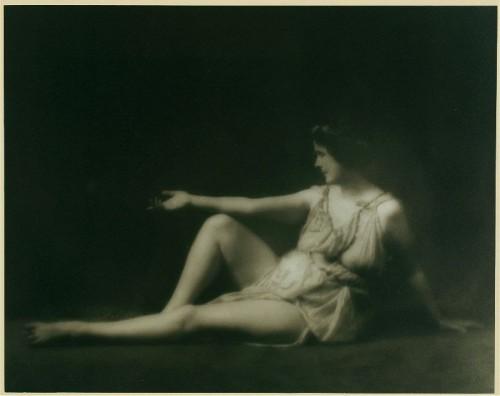 Isadora_Duncan_1.jpg