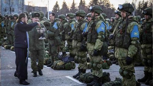 قوات-حفظ-سلام-روسية-تتجهز-للذهاب-لقرة-باغ.jpg