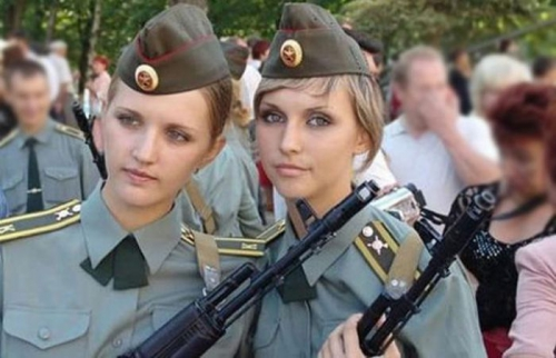 female_army_soldiers_17.jpg