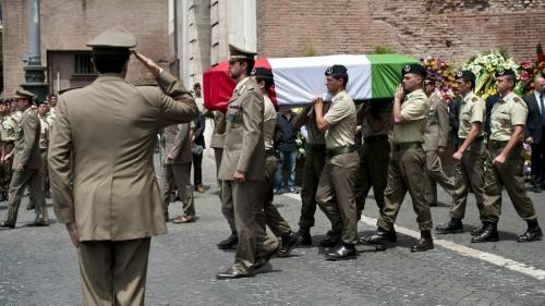 Soldati italiani uccisi in Afghanistan draghi eroi- foto Ansa-2.jpg