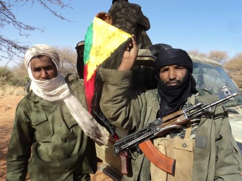 Mali_confronté_aux_sanctions_et_à_lavancée_des_rebelles_islamistes_(6904946068).jpg