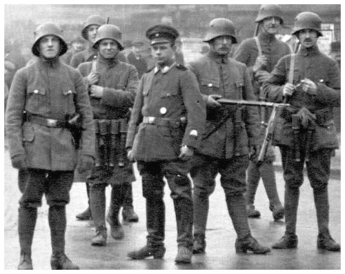 stahlhelm-germany-first-world-war-kapp-putsch-disbanded-later-sa.jpg