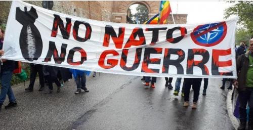 Stiscione-No-Nato-No-Guerre.png