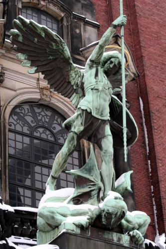 Michael-Statue.jpg