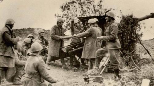 Greek_artilery_Morava_Nov_1940.JPG