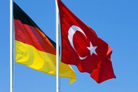 Turkish-German-Relations-Flags-480x320.jpg