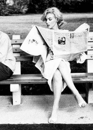 readingpaperwoman.jpg