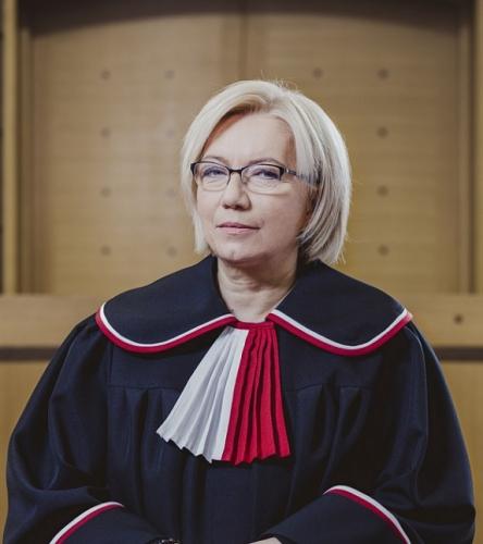 Julia_Przyłębska_-_I_Prezes_Trybunału_Konstytucyjnego.jpg