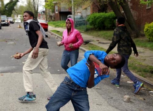 baltimore-riots-poilice.jpg